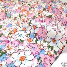 """pro meter Maisie hübsch rosa floral polybaumwolle stoff breite 44"""" (112cm)"""
