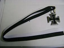 Eisernes Kreuz EK II 1870-1813 an Schwarz-weißem Halsband (41cm)