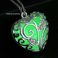 Glow In The Dark Heart Necklace Green Love Xmas Gift For Her Wife Daughter Women