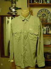 Dakota Grizzly shirt for men size XXL 100% Nylon in green with pearl snaps