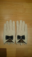 Forever New beige quilted leather gloves with black bow M/L