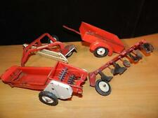 Vtg LOT Metal Farm Toys TRU SCALE & INTERNATIONAL ERTL Trailer Spreader Rake ++