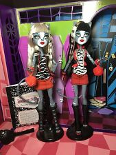 Monster High Doll - Meowlody and Purrsephone - Wave 1 Complete - Great Condition