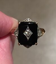 Vtg 10K Yellow Gold RING ONYX & 2mm DIAMOND Size 7