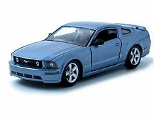 MAISTO 1:24 2006 FORD MUSTANG GT BLUE 31997