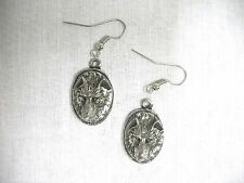 NEW SPIRIT WOLF RAISED HEAD OVAL SHAPED PEWTER PENDANT SIZE PAIR OF EARRINGS