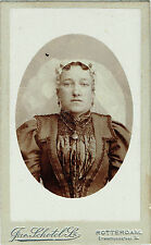 Photo cdv ; J.Schotel ; Femme portant une coiffe traditionnelle , vers 1885
