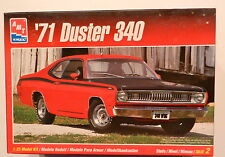 AMT ERTL 1971 PLYMOUTH DUSTER 340 1:25TH SCALE PLASTIC MODEL KIT WDECALS