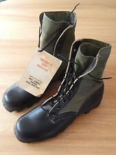 VIETNAM WAR- US ARMY - COMBAT BOOTS 3RD PATTERN - DATED 1968 - UNISSUED - SIZE 9