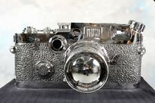 "RARE AND SOLD OUT FAMOUS SCULPTURE ""FAKE LEICA"" BY LIAO YIBAI !!!"