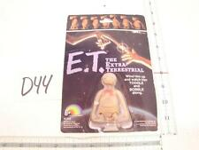 """D44 VINTAGE 1982 LJN TOYS E.T. WIND UP  ACTION FIGURE ON CARD PHONE HOME 2 1/2"""""""