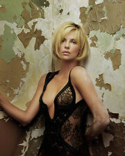 Theron, Charlize (33188) 8x10 Photo