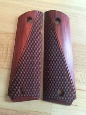 1911 Govt. Panel Super Rosewood Checkered #410