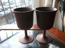 RARE PAIR OF BROWN WOOD EFFECT GOBLETS DIALENE BETTER MAID VINTAGE 60'S ?