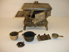 "Miniature Vintage Crescent Stove 5"" x  6"" with Pots"