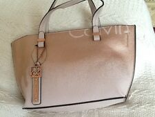 CALVIN KLEIN LEATHER HANDBAG/CROSSBODY BAG, BNWT.