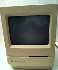 Apple Macintosh Mac Classic II powers ON with floppy drive, HDD, parts or repair