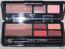 "NEW LED BOBBI BROWN ""CLASSIC LIP PALETTE"", 1 GLITTER LIP GLOSS + 4 LIP COLOR"