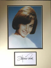 STEFANIE POWERS - HART TO HART ACTRESS - SIGNED COLOR PHOTO DISPLAY