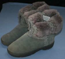 BearPaw Womens Gray Grey Boots Sz 6 Suede Knit Wool Lining Sheepskin Bear Paw