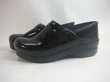 sleek  DANSKO black patent leather non slip professional nursing clog 6 1/2