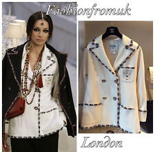 CHANEL CLASSIC OFF WHITE WOOL BEADED RUNWAY JACKET 38