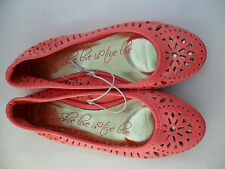 NEW BNWOT LADIES SIZE 3 BRIGHT HOT PINK CUT OUT DESIGN SUMMER BALLET PUMPS FLATS