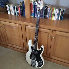 PEAVEY T-40 BASS ALL ORIGINAL MINT WITH CASE