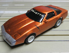 für Slotcar Racing Modellbahn --  Corvette mit  Tyco Chassis