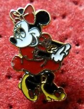 RARE BEAU PETIT PIN'S DISNEY MINNIE EGF