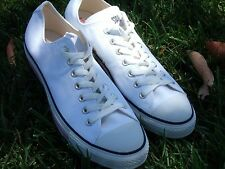 converse all star size 10  White color  Chuck Taylor Pink line (AS PICTURE)