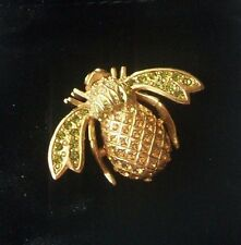 "New JOAN RIVERS  Goldtone ""Hospitality"" Crystal Pineable Bee Pin-New in Box"
