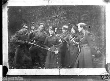 Portrait militaires tuant l'ennemi satire - négatif photo verre plaque an. 1940