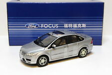 1:18 CHANGAN Ford Focus Sedan 2005 silver DEALER NEW bei PREMIUM-MODELCARS