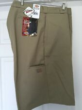 "Dickies Men's Shorts 13"" Loose Fit Size 50 Khaki with Cell Phone Pocket New"
