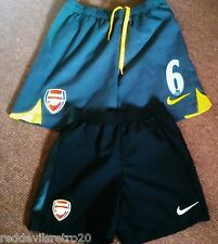 Arsenal Football Club Official Nike Football Shorts (2) (Youths 5-6 & 6-8 Years)
