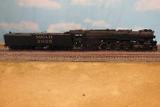 HO SCALE BRASS UNITED SANTA FE 4-8-4 PAINTED LOCOMOTIVE