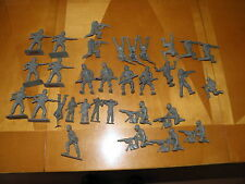 """Lot of 33 Green 1950's Army Men 27 2 3/4"""" Timmee ? 6 Smaller 2' other Maker EXC"""
