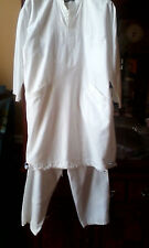 2 Piece Islamic White Top and Trousers (Shalwar Kameez)  * Please see details
