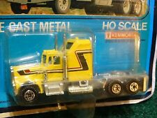 Road Champs Kenworth Aerodyne Conventional Cab Yellow 1:64 Scale Diecast Truck