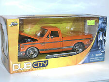 Jada Toys DUB CITY 53587, 1972 Chevrolet Chevy Cheyenne Pick-Up, orange, 1:24