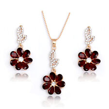 Striking Necklace earrings 18k Gold Filled flower Rhinestone jewelry sets