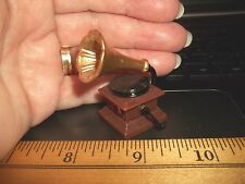 OLD FASHIONED -  GRAMOPHONE -  RECORD PLAYER - DOLL HOUSE MINIATURE