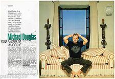 Coupure de presse Clipping 1992 (3 pages) Michael Douglas