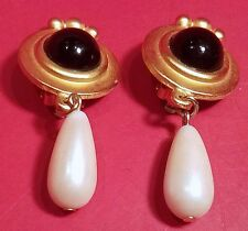 CLASSY Vintage Runway Designer Faux Pearl Cabochon Pendant Drop Clip On EARRINGS