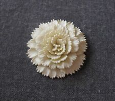 VINTAGE OFF WHITE CELLULOID FLOWER PIN