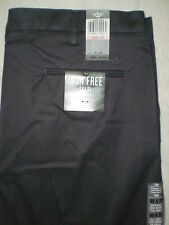 Dockers Iron Free Flat Front Straight Fit Gray Khakis Mens Size 40 x 32 New $72