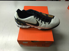 Nike Total 90 Shoot III Astroturf Size 5