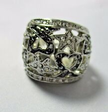Ring Wide Filigree Hearts and Stars Marquisette Rhinestone Dome Size 5  NWT T29