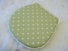 POLKA DOT PRESTIGIOUS  DSHAPE ZIP OFF SEAT PADS SUITABLE FOR KITCHEN/DINING ROOM